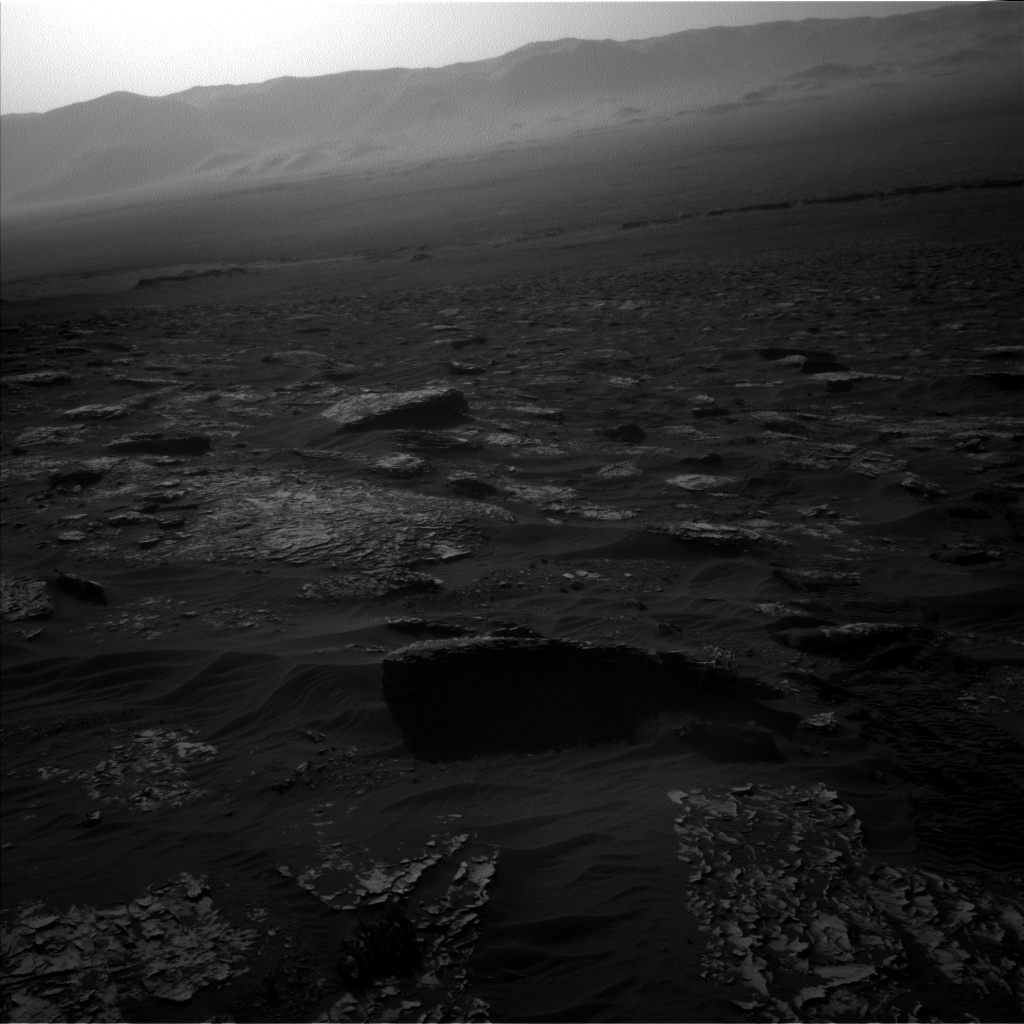 Nasa's Mars rover Curiosity acquired this image using its Left Navigation Camera on Sol 1796, at drive 2186, site number 65
