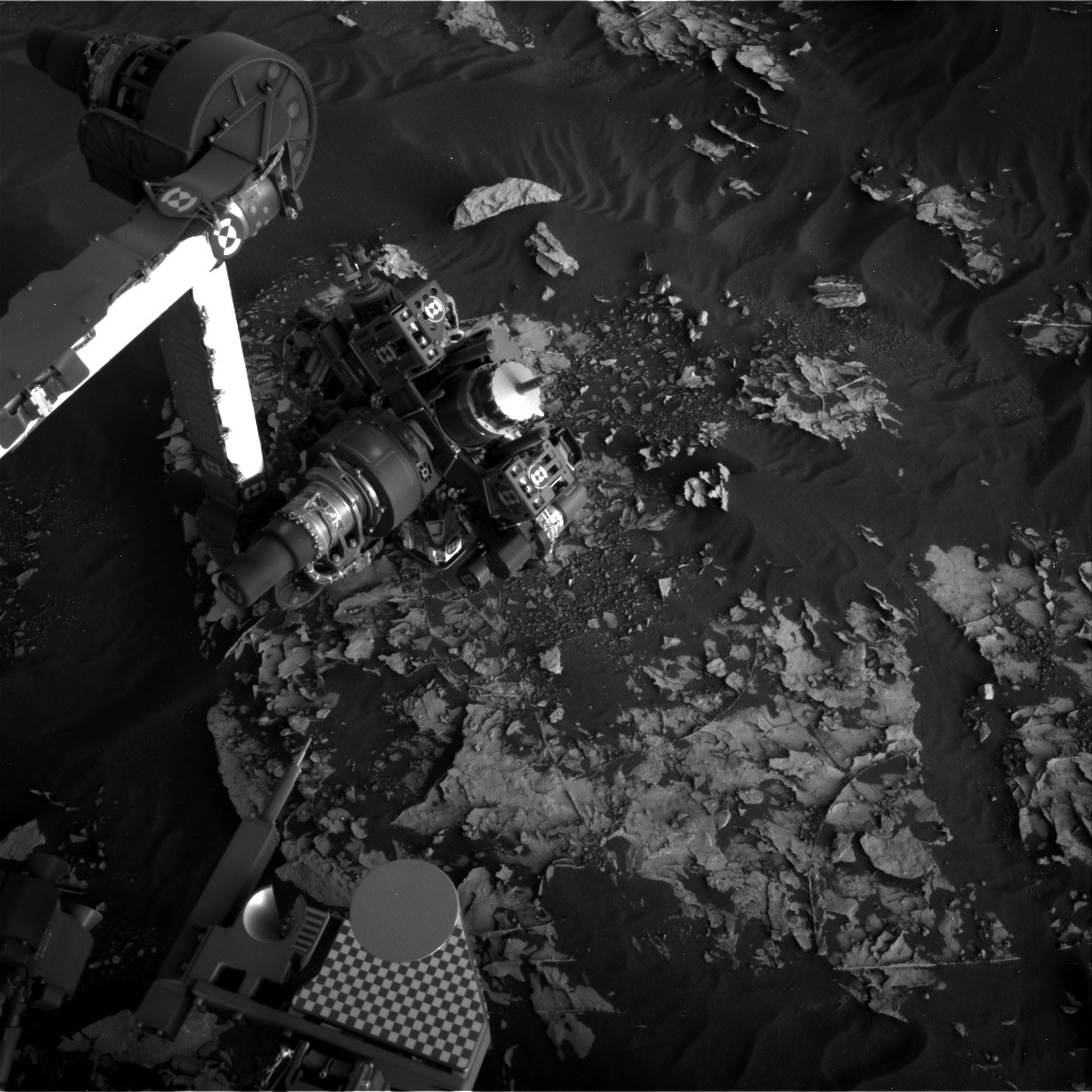 Nasa's Mars rover Curiosity acquired this image using its Right Navigation Camera on Sol 1797, at drive 2186, site number 65