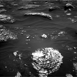 Nasa's Mars rover Curiosity acquired this image using its Left Navigation Camera on Sol 1799, at drive 2306, site number 65