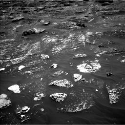 Nasa's Mars rover Curiosity acquired this image using its Left Navigation Camera on Sol 1799, at drive 2384, site number 65