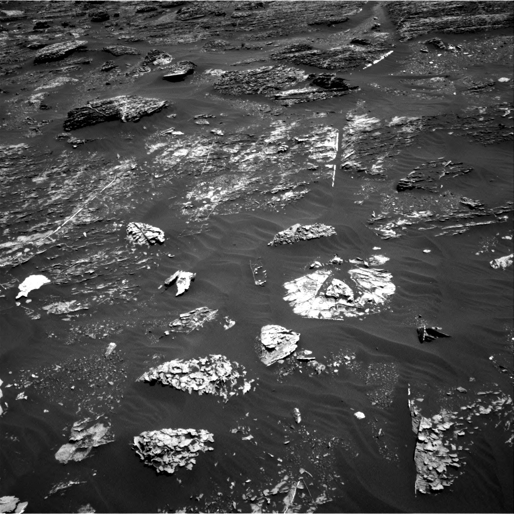 Nasa's Mars rover Curiosity acquired this image using its Right Navigation Camera on Sol 1799, at drive 2396, site number 65