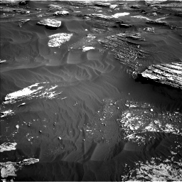 Nasa's Mars rover Curiosity acquired this image using its Left Navigation Camera on Sol 1800, at drive 2588, site number 65