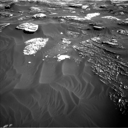 Nasa's Mars rover Curiosity acquired this image using its Left Navigation Camera on Sol 1800, at drive 2606, site number 65