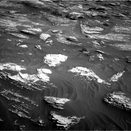 Nasa's Mars rover Curiosity acquired this image using its Left Navigation Camera on Sol 1800, at drive 2642, site number 65