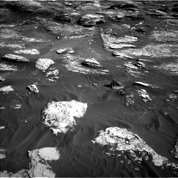 Nasa's Mars rover Curiosity acquired this image using its Left Navigation Camera on Sol 1800, at drive 2666, site number 65
