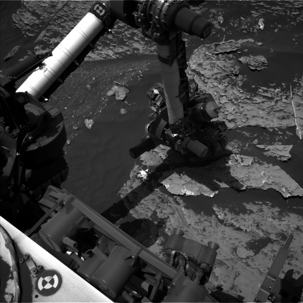 Nasa's Mars rover Curiosity acquired this image using its Left Navigation Camera on Sol 1802, at drive 2720, site number 65