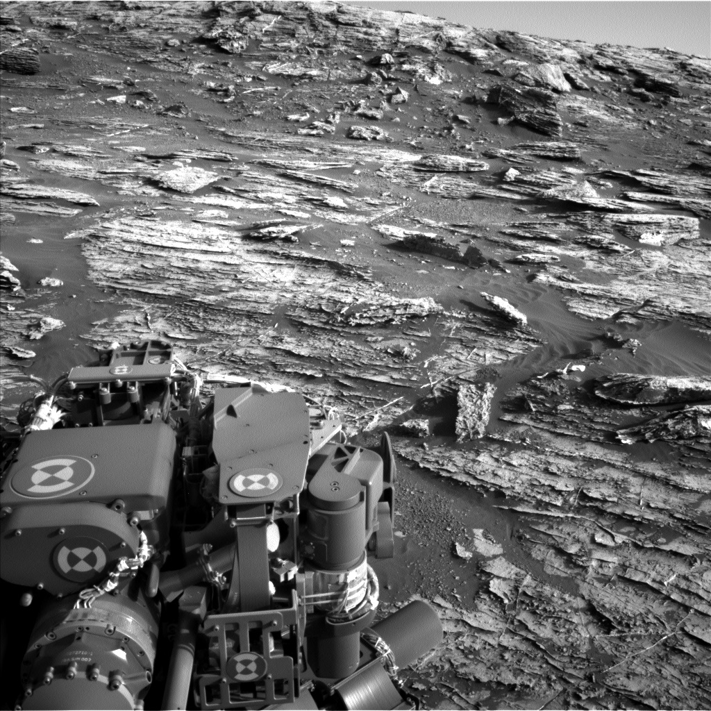 Nasa's Mars rover Curiosity acquired this image using its Left Navigation Camera on Sol 1802, at drive 2882, site number 65