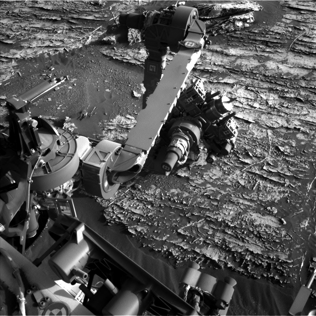 Nasa's Mars rover Curiosity acquired this image using its Left Navigation Camera on Sol 1806, at drive 2882, site number 65