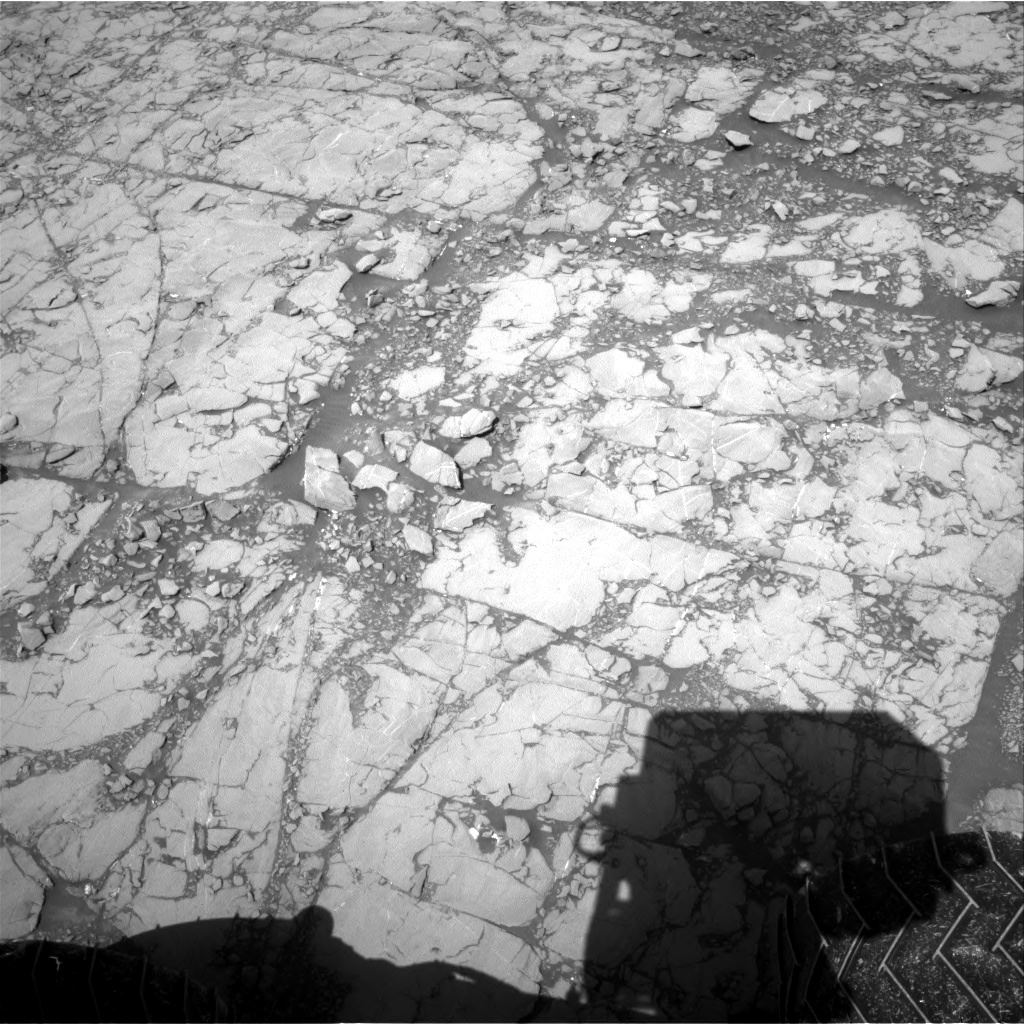 NASA's Mars rover Curiosity acquired this image using its Right Navigation Cameras (Navcams) on Sol 1813