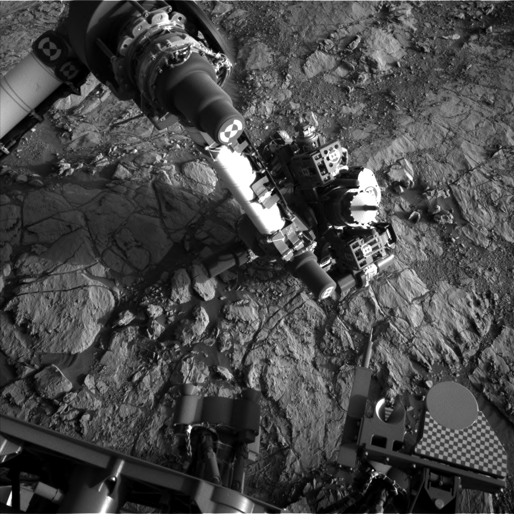 Nasa's Mars rover Curiosity acquired this image using its Left Navigation Camera on Sol 1824, at drive 384, site number 66