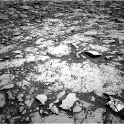 Nasa's Mars rover Curiosity acquired this image using its Left Navigation Camera on Sol 1830, at drive 922, site number 66