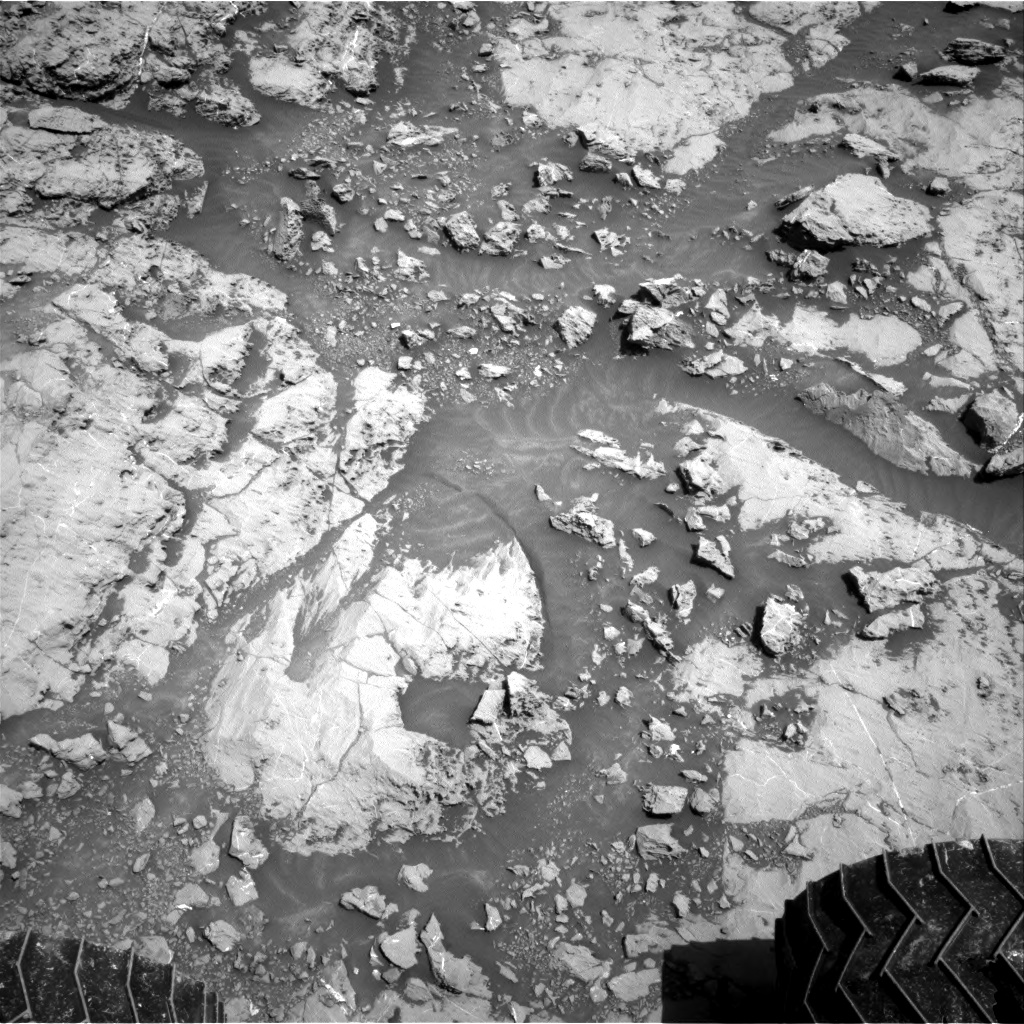 Nasa's Mars rover Curiosity acquired this image using its Right Navigation Camera on Sol 1830, at drive 952, site number 66