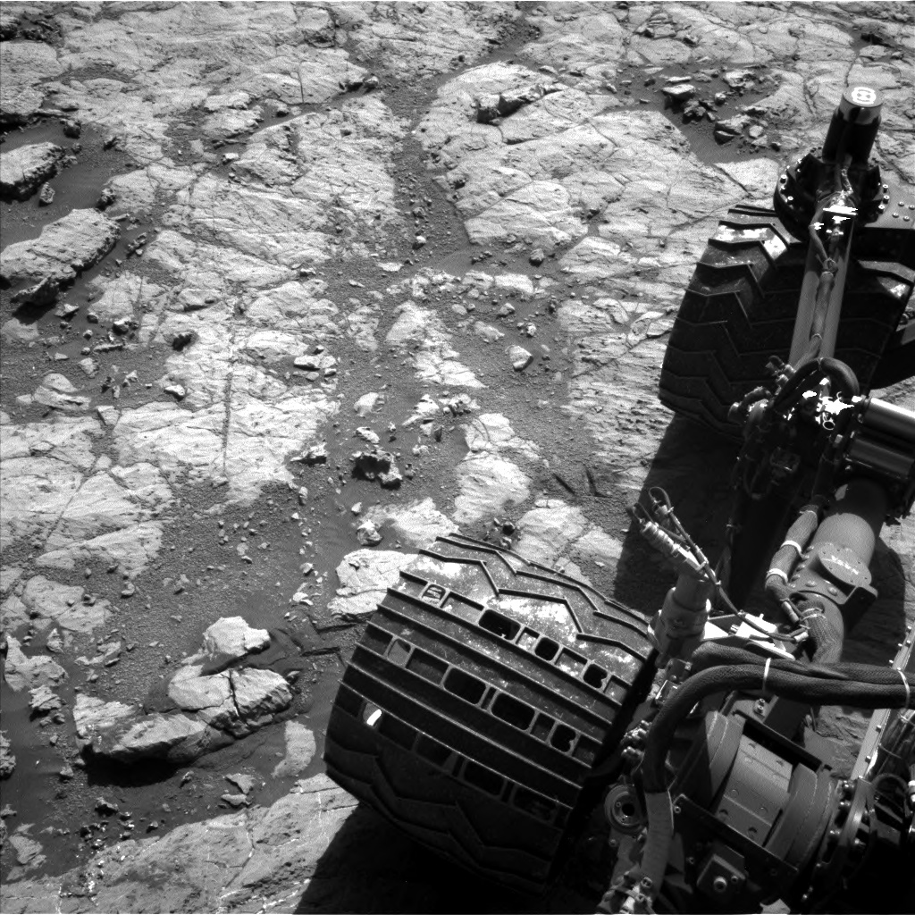 Nasa's Mars rover Curiosity acquired this image using its Left Navigation Camera on Sol 1864, at drive 1994, site number 66