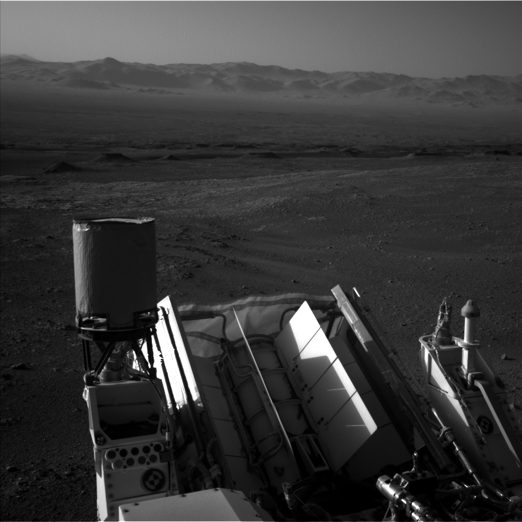 Nasa's Mars rover Curiosity acquired this image using its Left Navigation Camera on Sol 1887, at drive 216, site number 67