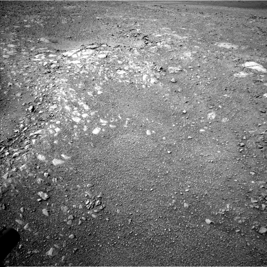 Nasa's Mars rover Curiosity acquired this image using its Left Navigation Camera on Sol 1894, at drive 746, site number 67