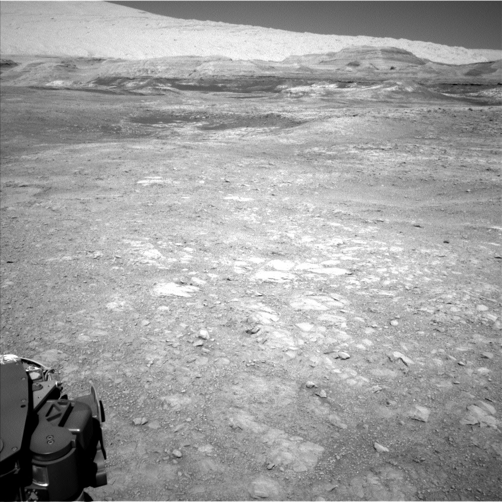 Nasa's Mars rover Curiosity acquired this image using its Left Navigation Camera on Sol 1894, at drive 806, site number 67