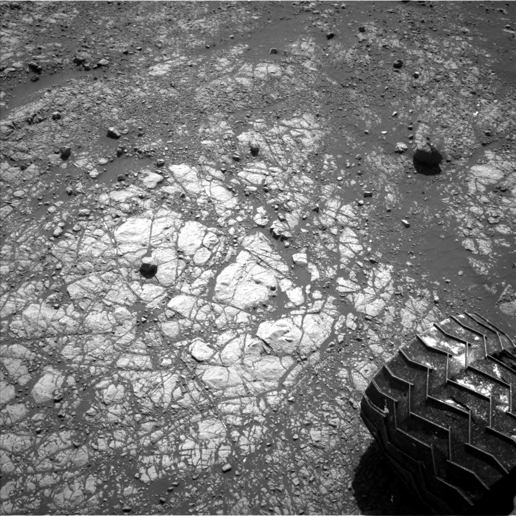 Nasa's Mars rover Curiosity acquired this image using its Left Navigation Camera on Sol 1901, at drive 1238, site number 67