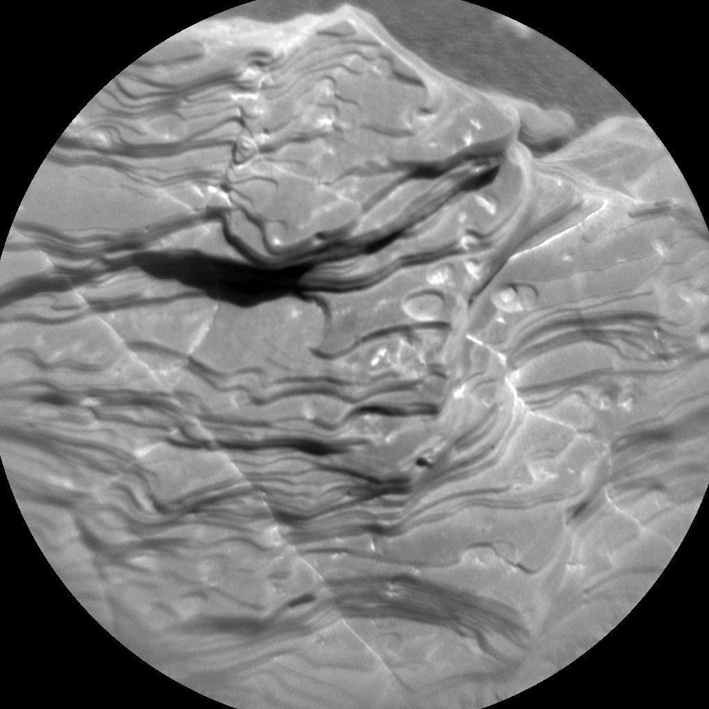 ChemCam RMI image of fine-scale layers in a rock.