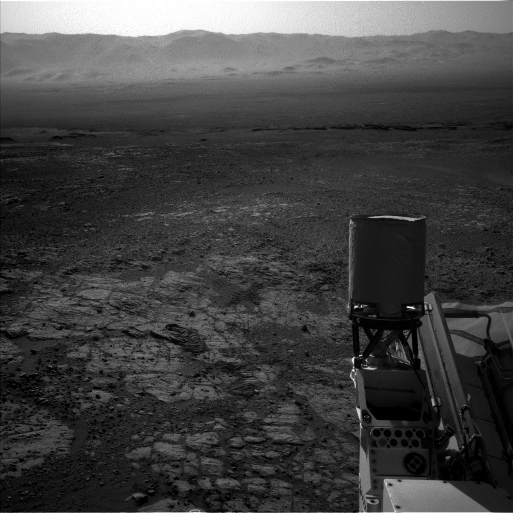 Nasa's Mars rover Curiosity acquired this image using its Left Navigation Camera on Sol 1912, at drive 1762, site number 67