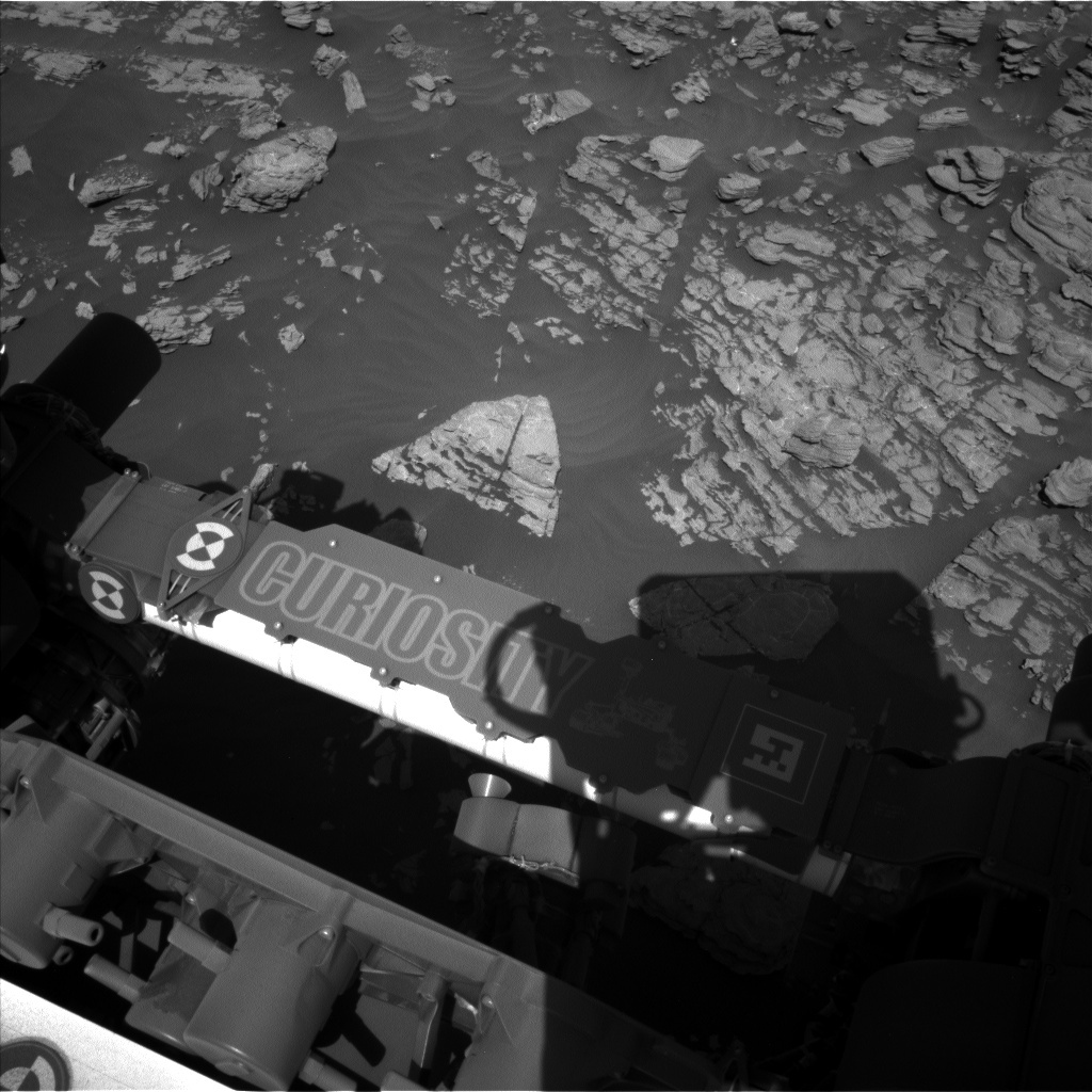 NASA's Mars rover Curiosity acquired this image using its Left Navigation Camera (Navcams) on Sol 1923