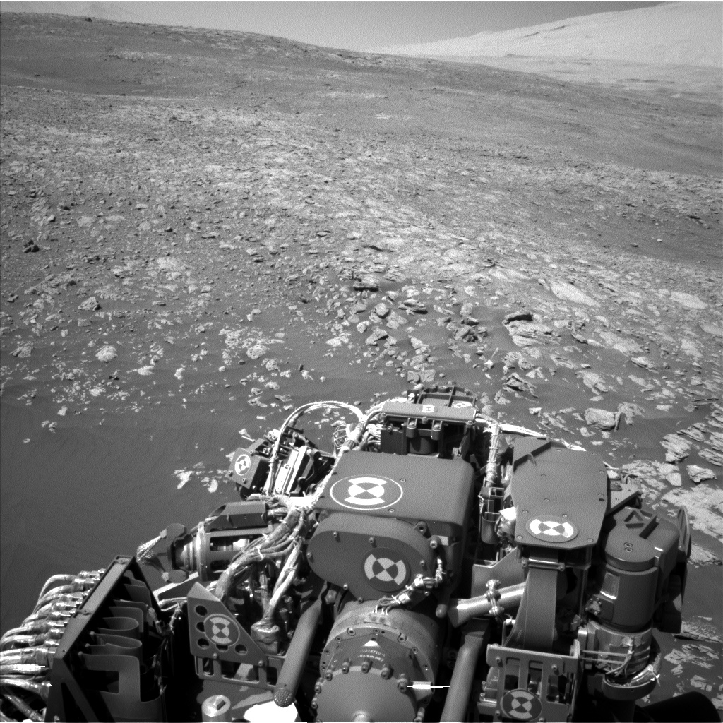 Nasa's Mars rover Curiosity acquired this image using its Left Navigation Camera on Sol 1923, at drive 1846, site number 67