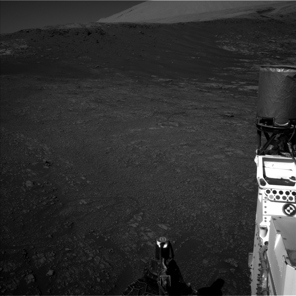 Nasa's Mars rover Curiosity acquired this image using its Left Navigation Camera on Sol 1946, at drive 3136, site number 67