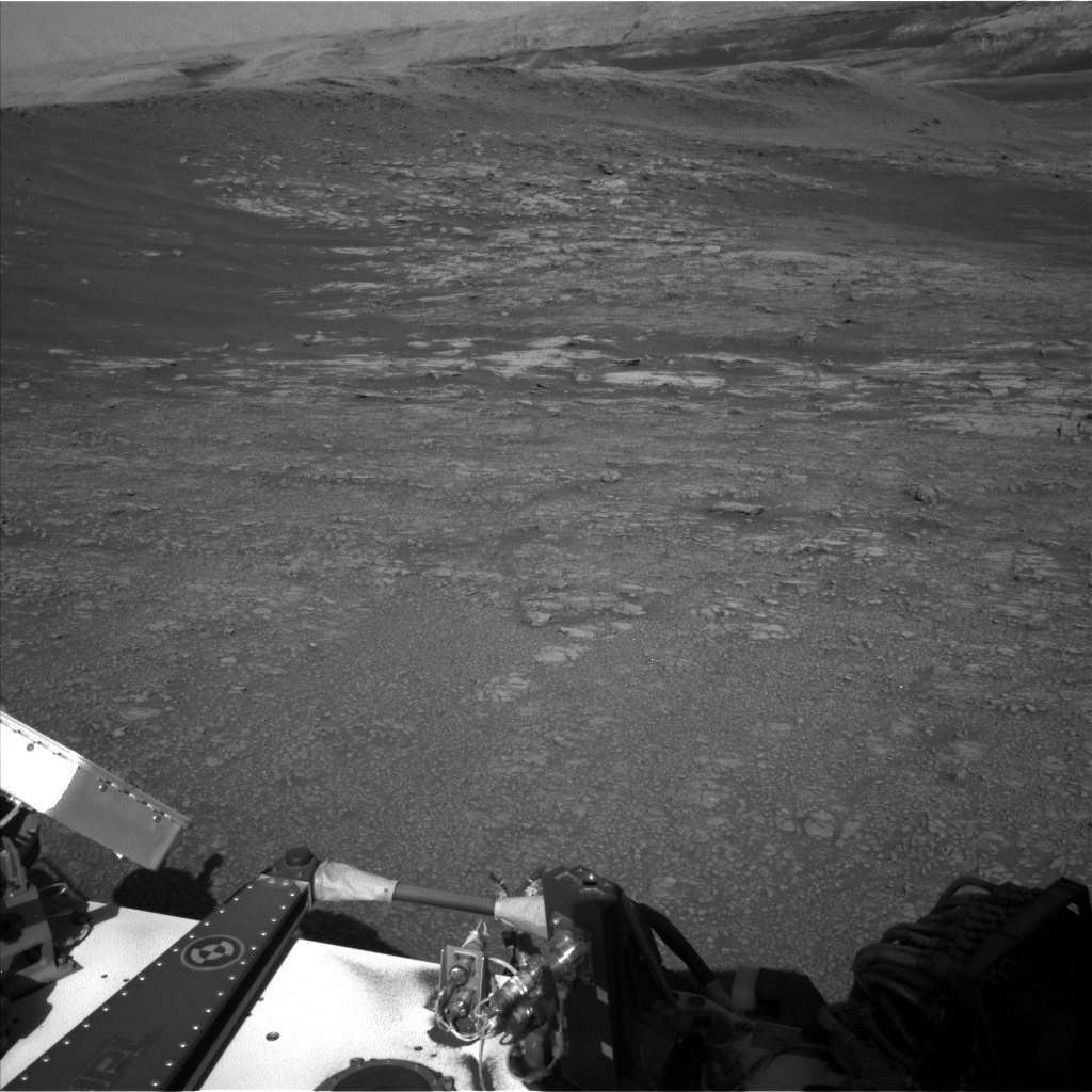 Nasa's Mars rover Curiosity acquired this image using its Left Navigation Camera on Sol 1946, at drive 3172, site number 67