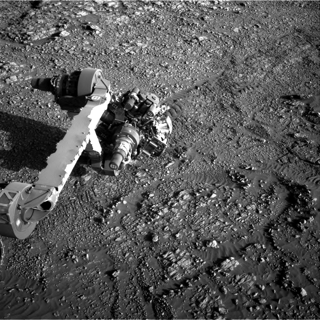 NASA's Mars rover Curiosity acquired this image using its Right Navigation Cameras (Navcams) on Sol 1947