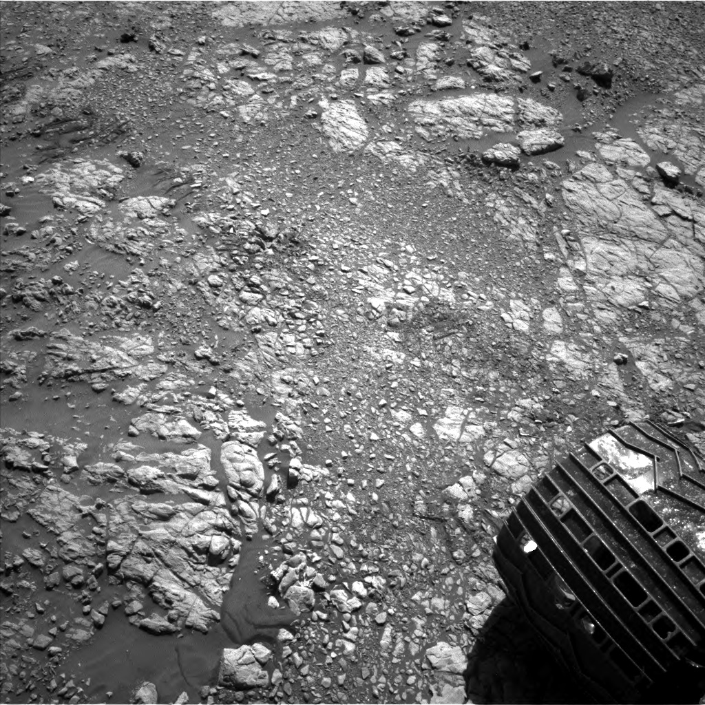 Nasa's Mars rover Curiosity acquired this image using its Left Navigation Camera on Sol 1949, at drive 0, site number 68