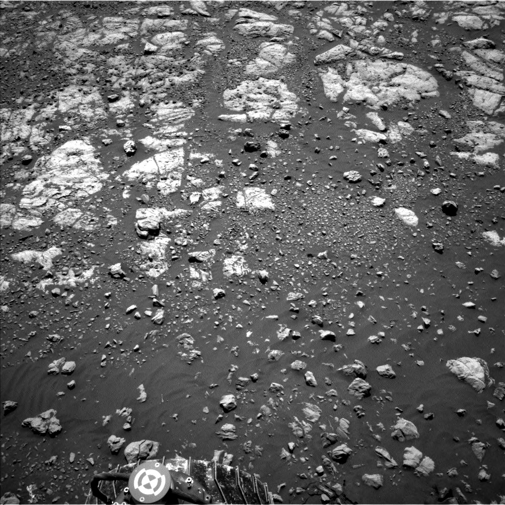 Nasa's Mars rover Curiosity acquired this image using its Left Navigation Camera on Sol 1962, at drive 580, site number 68