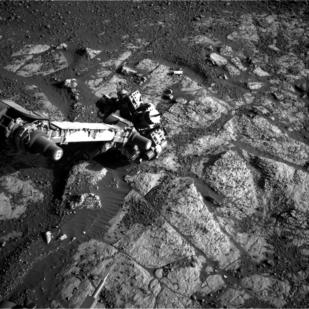 Nasa's Mars rover Curiosity acquired this image using its Right Navigation Camera on Sol 1975, at drive 580, site number 68