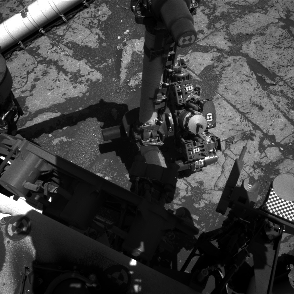 NASA's Mars rover Curiosity acquired this image using its Left Navigation Camera (Navcams) on Sol 1977