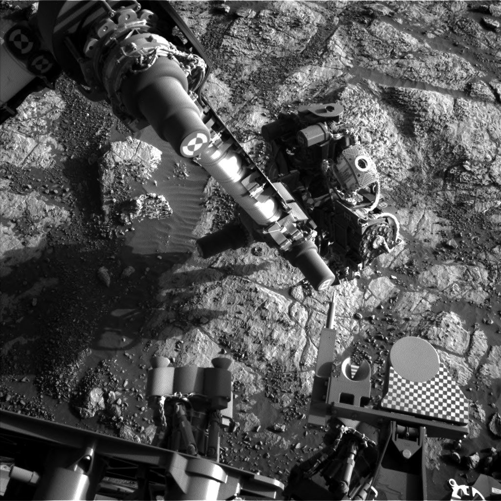 Nasa's Mars rover Curiosity acquired this image using its Left Navigation Camera on Sol 1979, at drive 580, site number 68