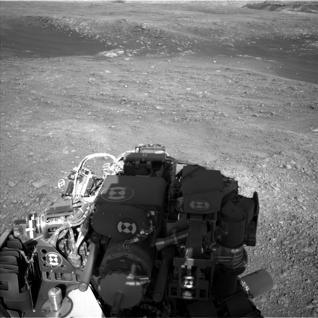 Nasa's Mars rover Curiosity acquired this image using its Left Navigation Camera on Sol 1986, at drive 1232, site number 68