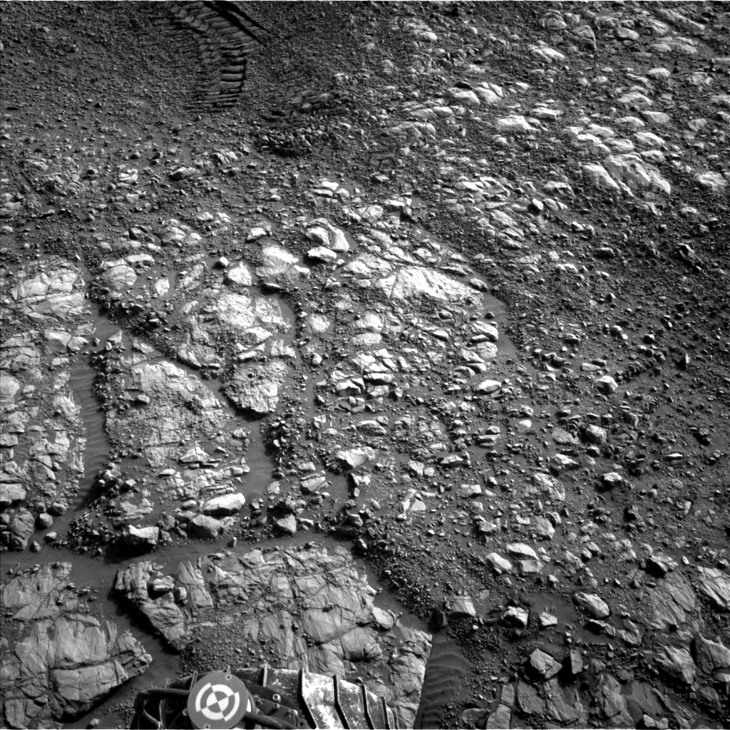 Nasa's Mars rover Curiosity acquired this image using its Left Navigation Camera on Sol 1989, at drive 1626, site number 68