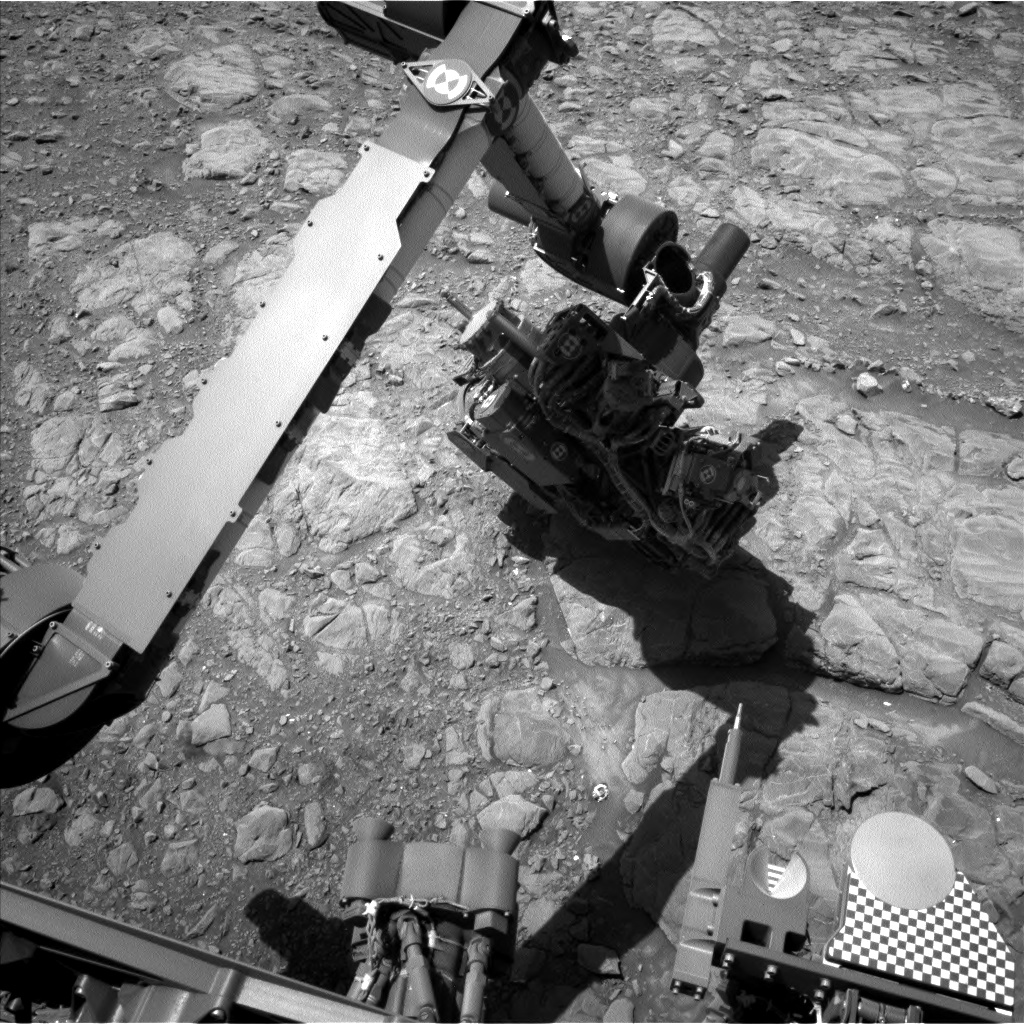 Nasa's Mars rover Curiosity acquired this image using its Left Navigation Camera on Sol 1991, at drive 1626, site number 68