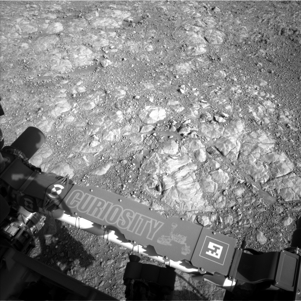 NASA's Mars rover Curiosity acquired this image using its Left Navigation Camera (Navcams) on Sol 1991