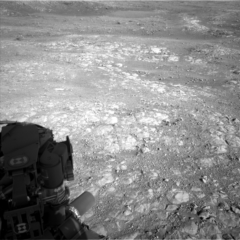 Nasa's Mars rover Curiosity acquired this image using its Left Navigation Camera on Sol 1991, at drive 1816, site number 68