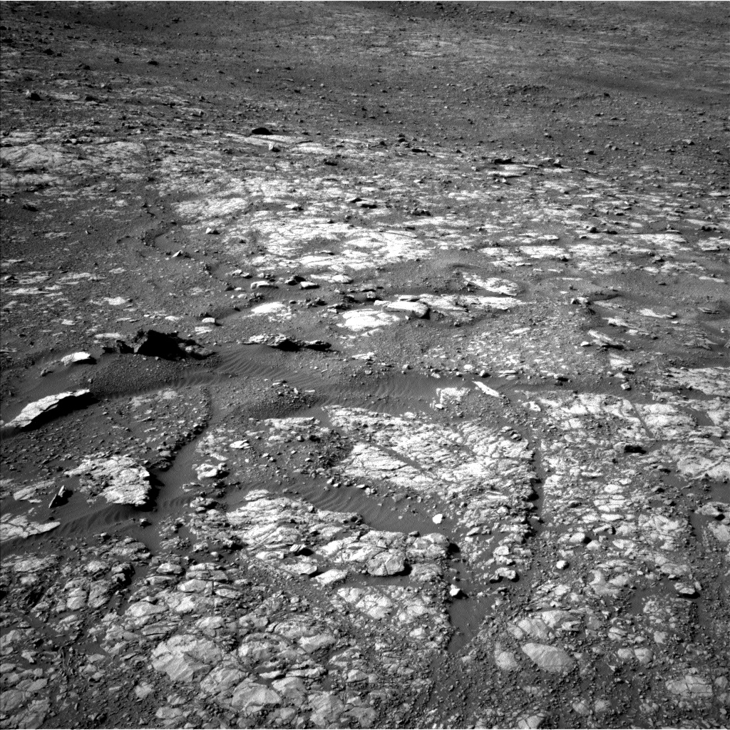 Nasa's Mars rover Curiosity acquired this image using its Left Navigation Camera on Sol 1998, at drive 2474, site number 68