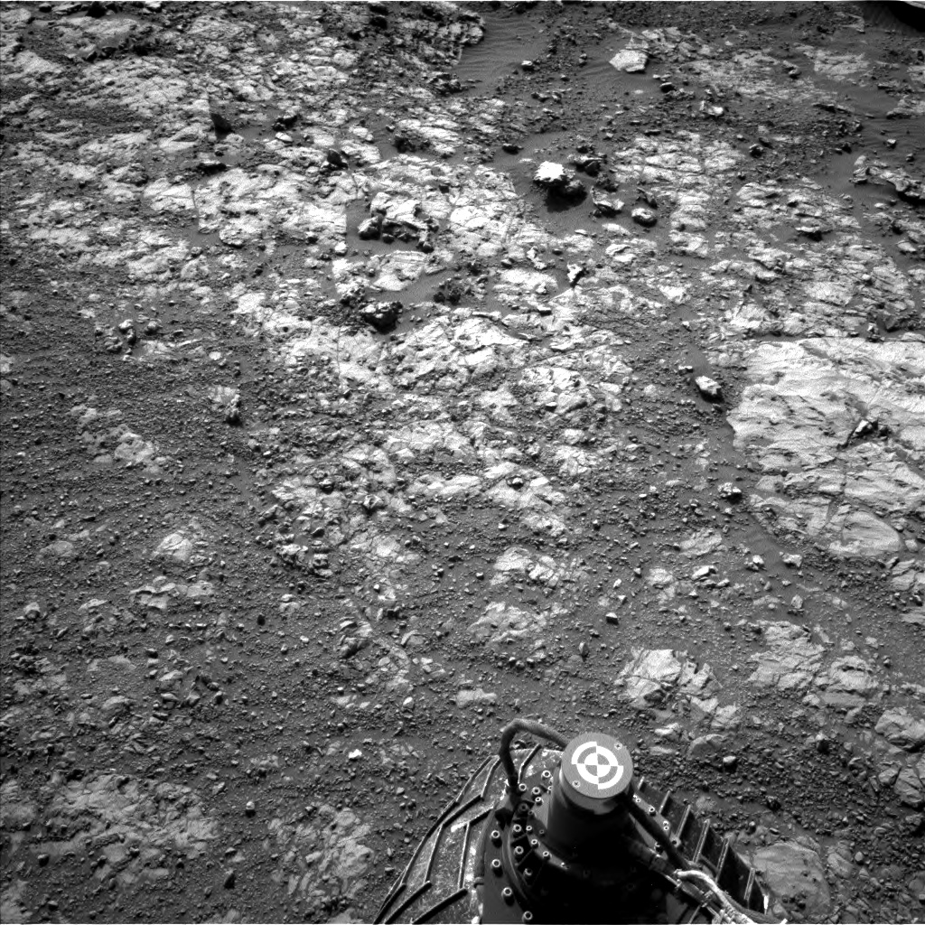 Nasa's Mars rover Curiosity acquired this image using its Left Navigation Camera on Sol 1998, at drive 2484, site number 68