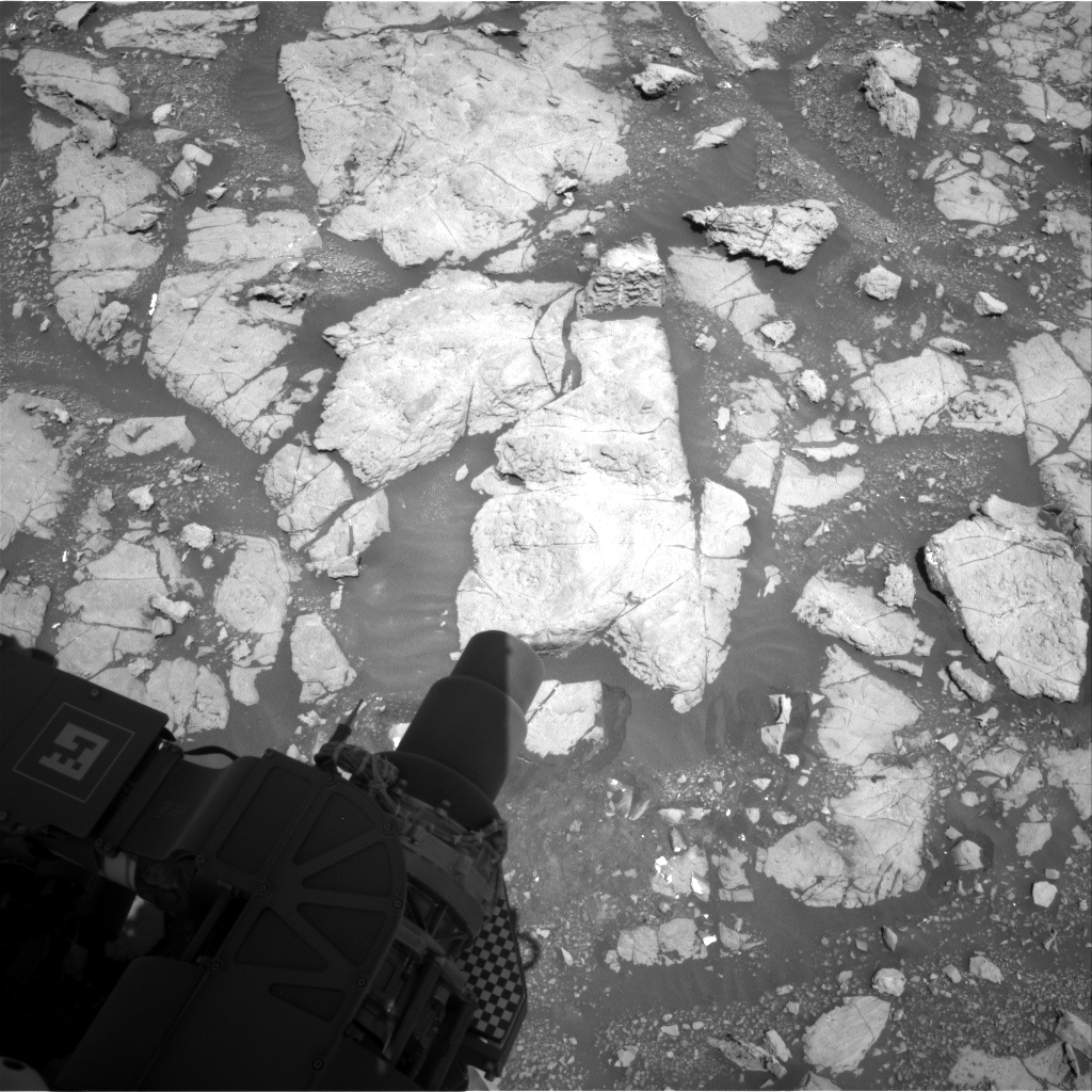 Nasa's Mars rover Curiosity acquired this image using its Right Navigation Camera on Sol 1999, at drive 2626, site number 68
