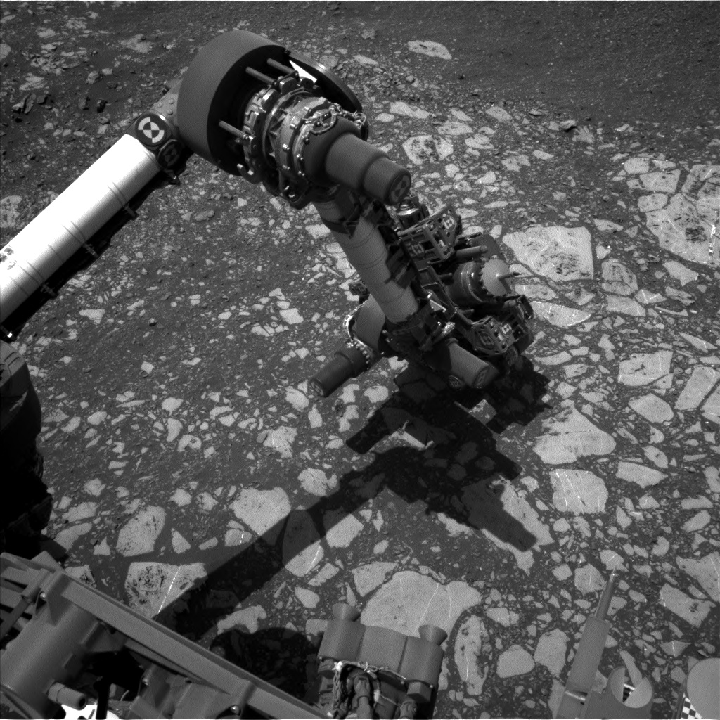 Nasa's Mars rover Curiosity acquired this image using its Left Navigation Camera on Sol 2014, at drive 1384, site number 69
