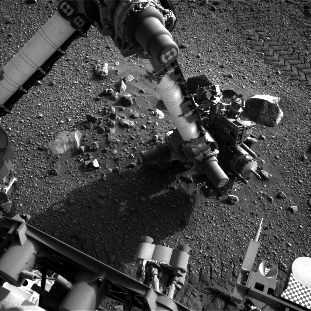 Nasa's Mars rover Curiosity acquired this image using its Left Navigation Camera on Sol 2018, at drive 1648, site number 69