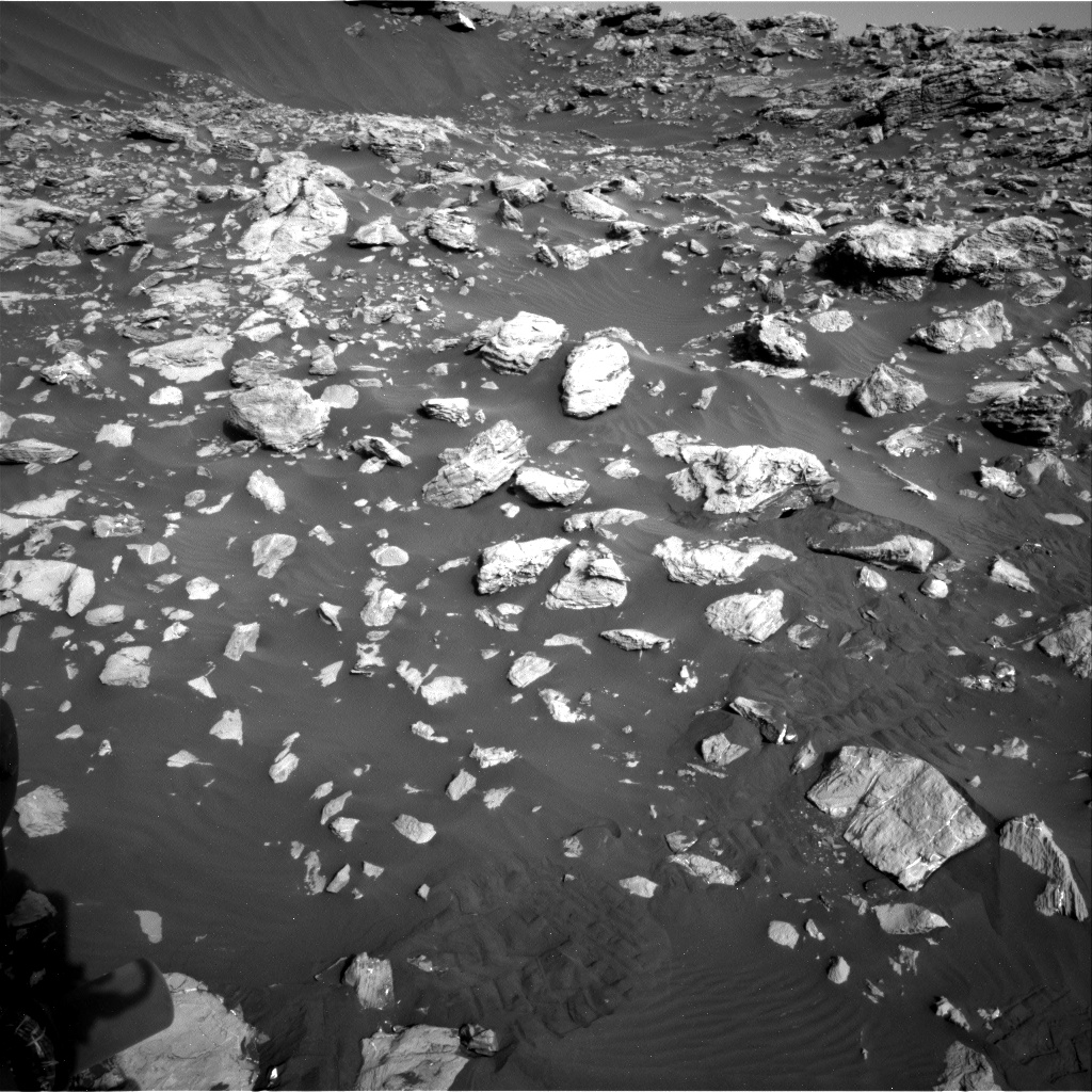 Nasa's Mars rover Curiosity acquired this image using its Right Navigation Camera on Sol 2034, at drive 0, site number 70