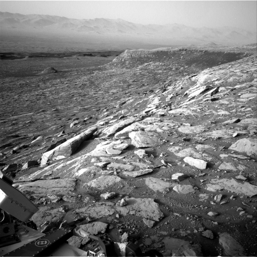 NASA's Mars rover Curiosity acquired this image using its Right Navigation Cameras (Navcams) on Sol 2036