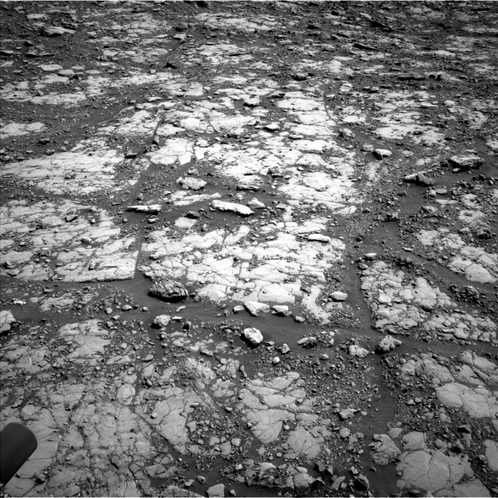 Nasa's Mars rover Curiosity acquired this image using its Left Navigation Camera on Sol 2039, at drive 516, site number 70