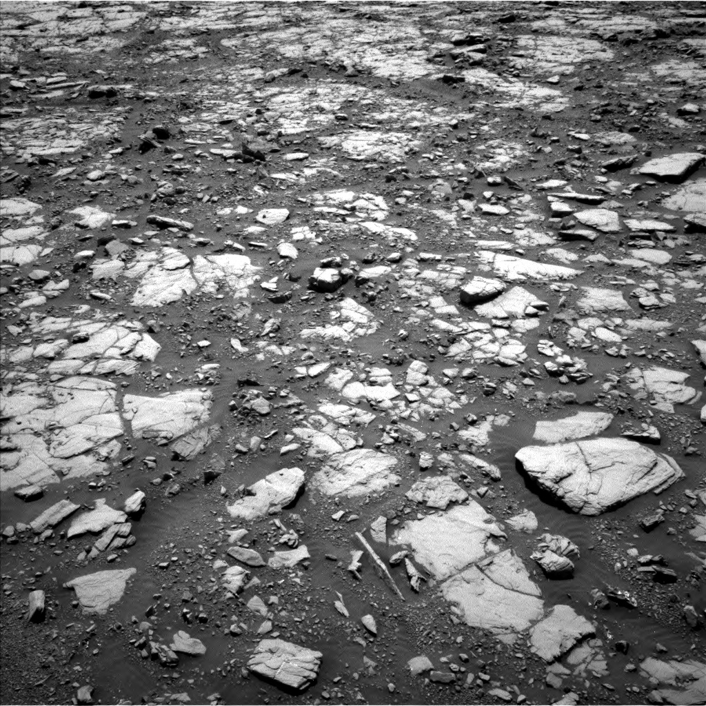 Nasa's Mars rover Curiosity acquired this image using its Left Navigation Camera on Sol 2040, at drive 846, site number 70
