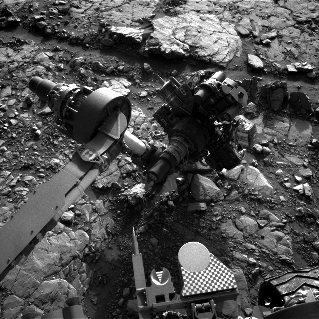Nasa's Mars rover Curiosity acquired this image using its Left Navigation Camera on Sol 2042, at drive 1000, site number 70