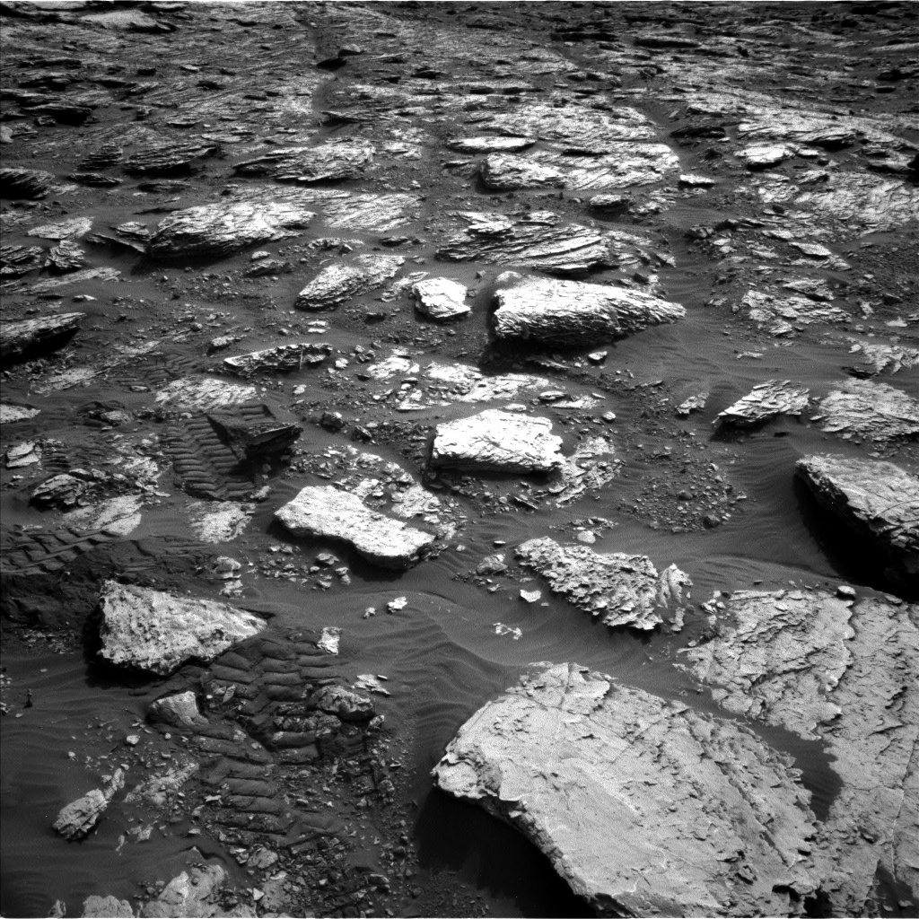 Nasa's Mars rover Curiosity acquired this image using its Left Navigation Camera on Sol 2045, at drive 1430, site number 70