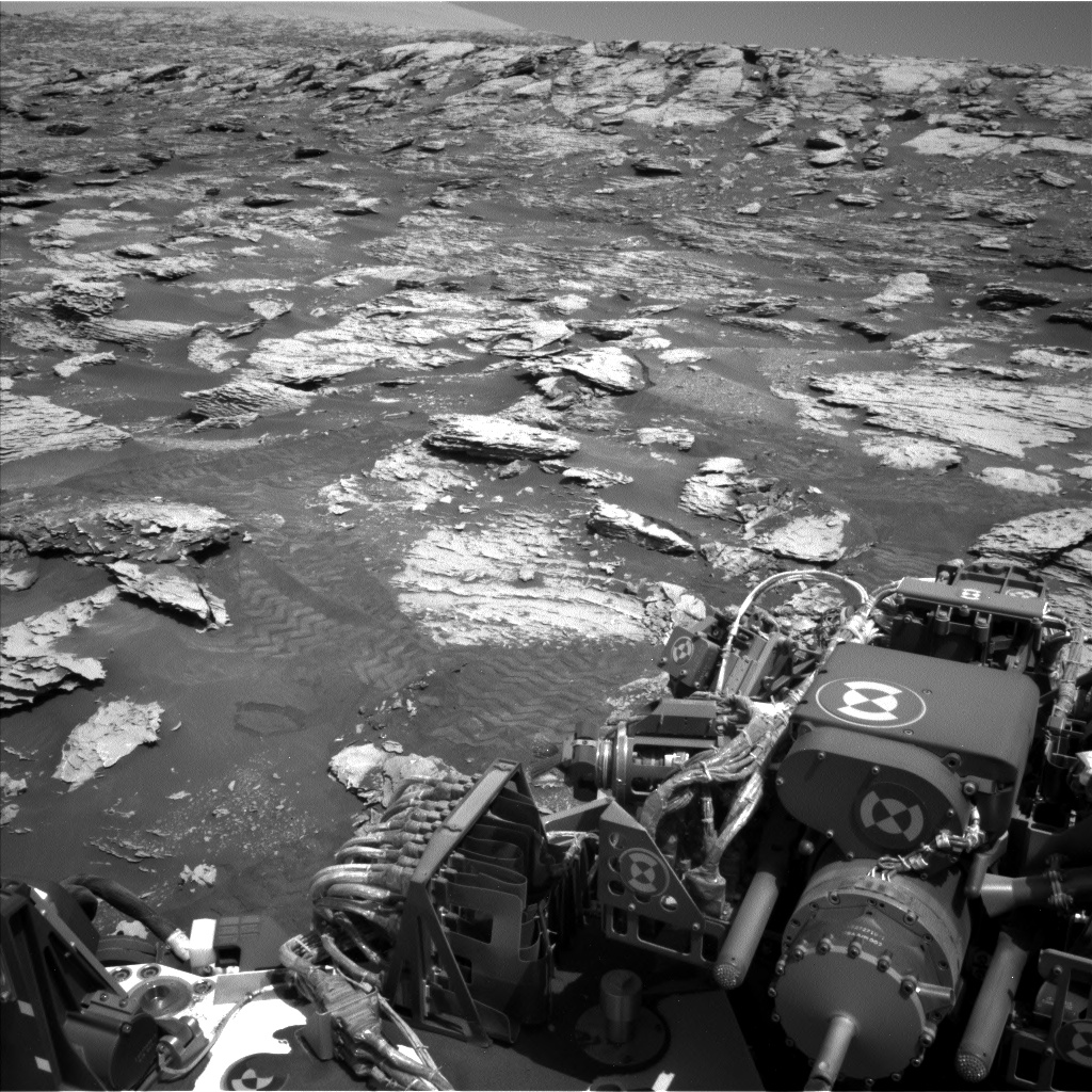 Nasa's Mars rover Curiosity acquired this image using its Left Navigation Camera on Sol 2047, at drive 1538, site number 70